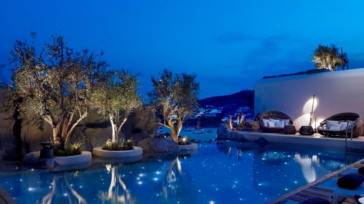mykonos-luxury-hotel-piccine-3